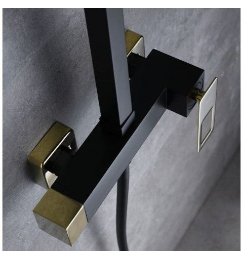 Columna negra y dorada ducha Suecia IMEX